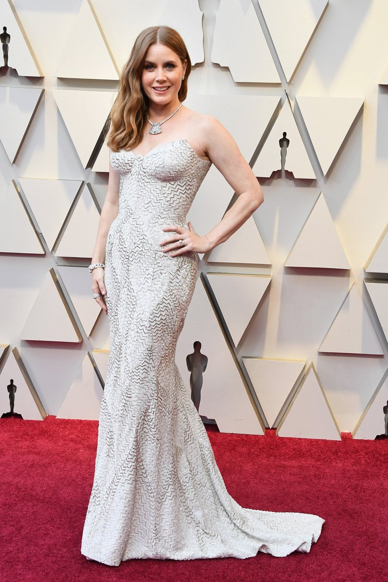 fc5a4b57c34b Amy Adams looked like a vision of glamour in this strapless Versace gown  that makes us want to go dress up like a high-class mermaid
